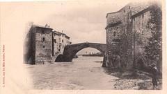 Pont sur l'Eygues avec pêcheur