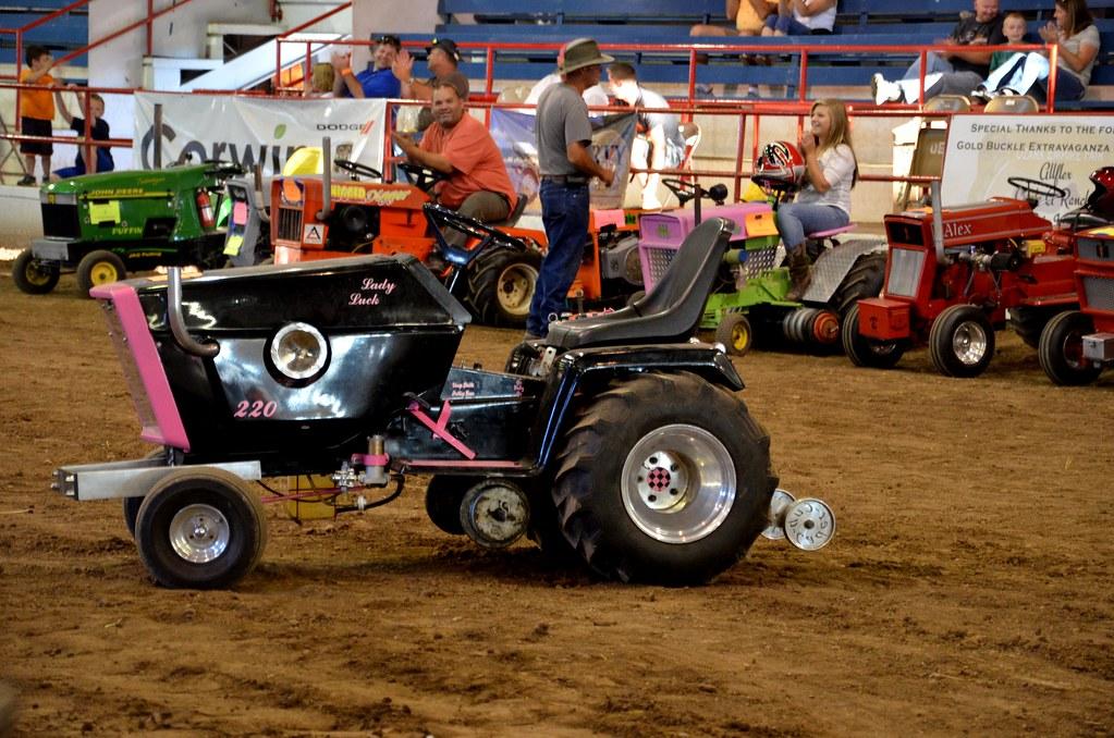 Lawn Tractor Pull   Ozark Empire Fair Springfield, Missouri