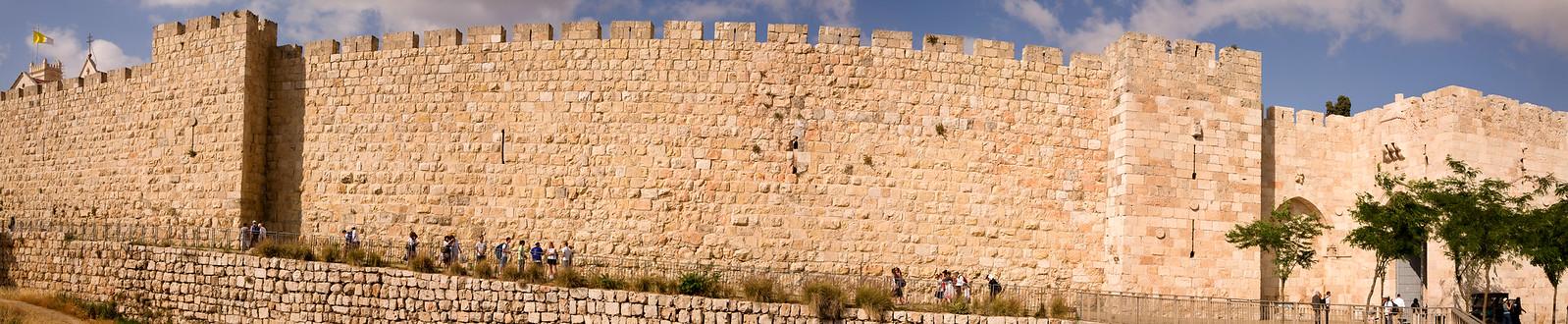 Jerusalem_Old City Walls_3_Noam Chen_Jerusalem
