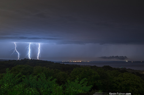 morning blue autumn fall night clouds dark early illinois view north scenic stormy september bolt strike thunderstorm lightning peoria bluff illinoisriver grandviewdrive peoriaheights kevinpalmer tamron1750mmf28 peorialake pentaxk5