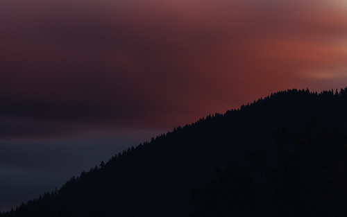 landscape longexposure sky clouds movement dark dusk evening pacificnorthwest issaquah canoneos5dmarkiii canonef100400mmf4556lisusm bwnd1000x trees cloudy sunset washington