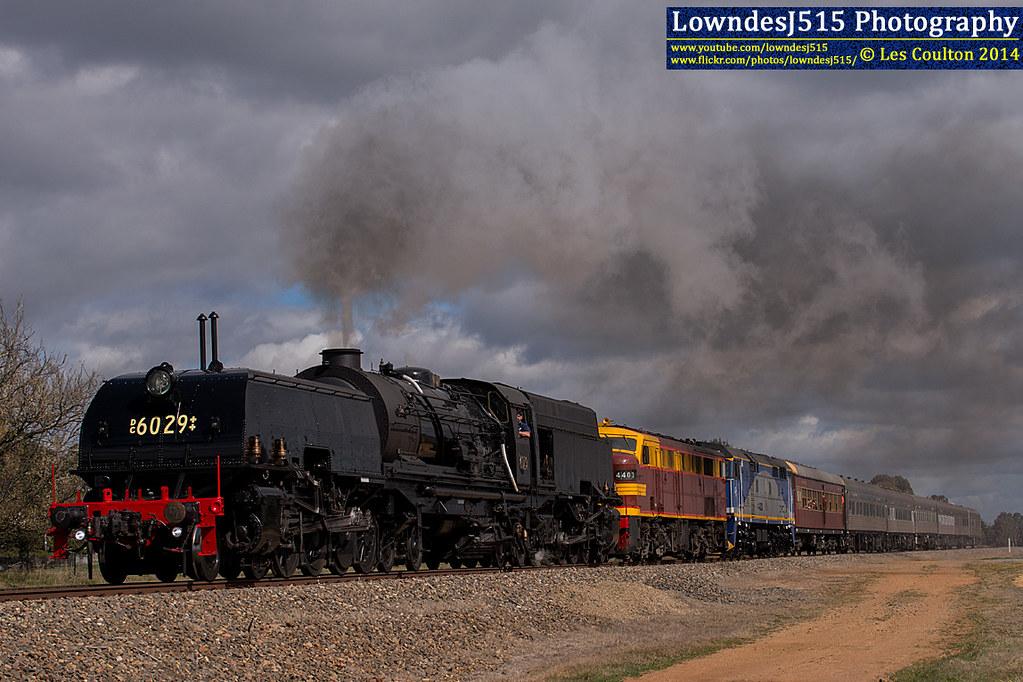 DC6029, 4403 & 44208 near Bungendore by LowndesJ515