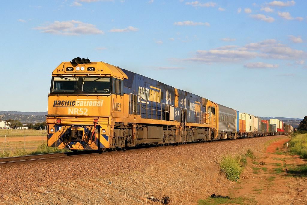 6MP5 NR52 & NR54 by Trackside Photography Australia