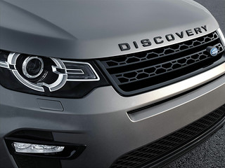Land-Rover-Discovery-Sport-2014-34