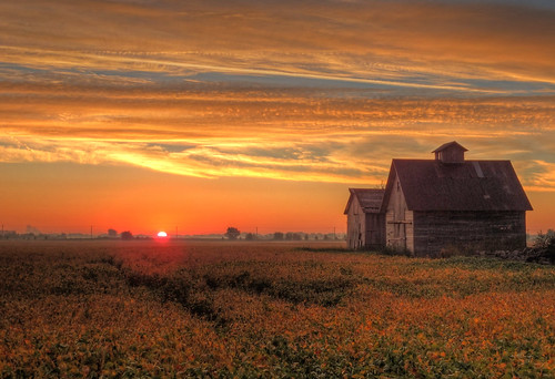 Sunrise on the 2nd Day of Fall at the Barn and Crib | by kendoman26