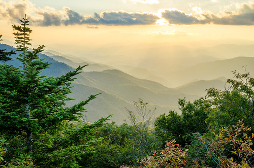 travel sunset mountains forest nationalpark tour view unitedstates cloudy tennessee northcarolina smokymountains smokymountainsnationalpark