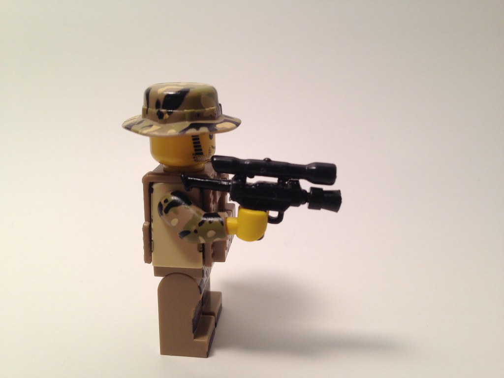 Brickarms mod micro Uzi with removable silencer!!!! | Flickr