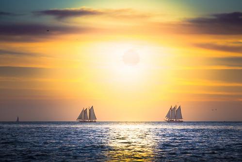 sunset sun colors sailboat canon sailing unitedstates florida keywest 5dmiii