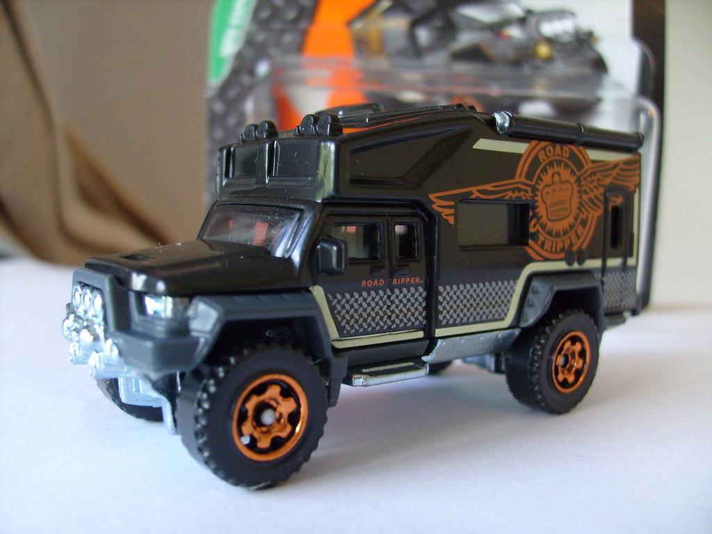 MATCHBOX ROAD TRIPPER GENERIC 4X4 CAMPER VAN NO3 1/64 | Flickr