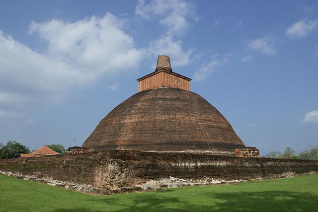 SL032 Jetavana Stupa - Anuradhapura 07 - Sri Lanka