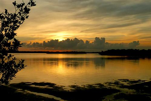 sunsetcloudswater