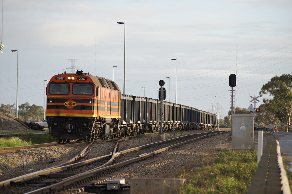 GWA 2207 making its way into Dry Creek with a rake of emptys by Danny Brown