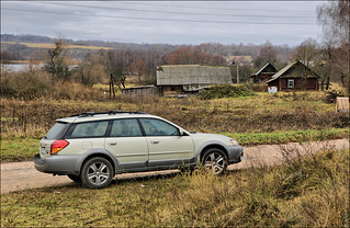 Subaru Legacy Outback | by zzuka