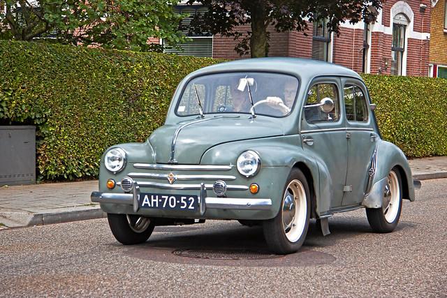 Renault 4CV R1062 1955 (7430)