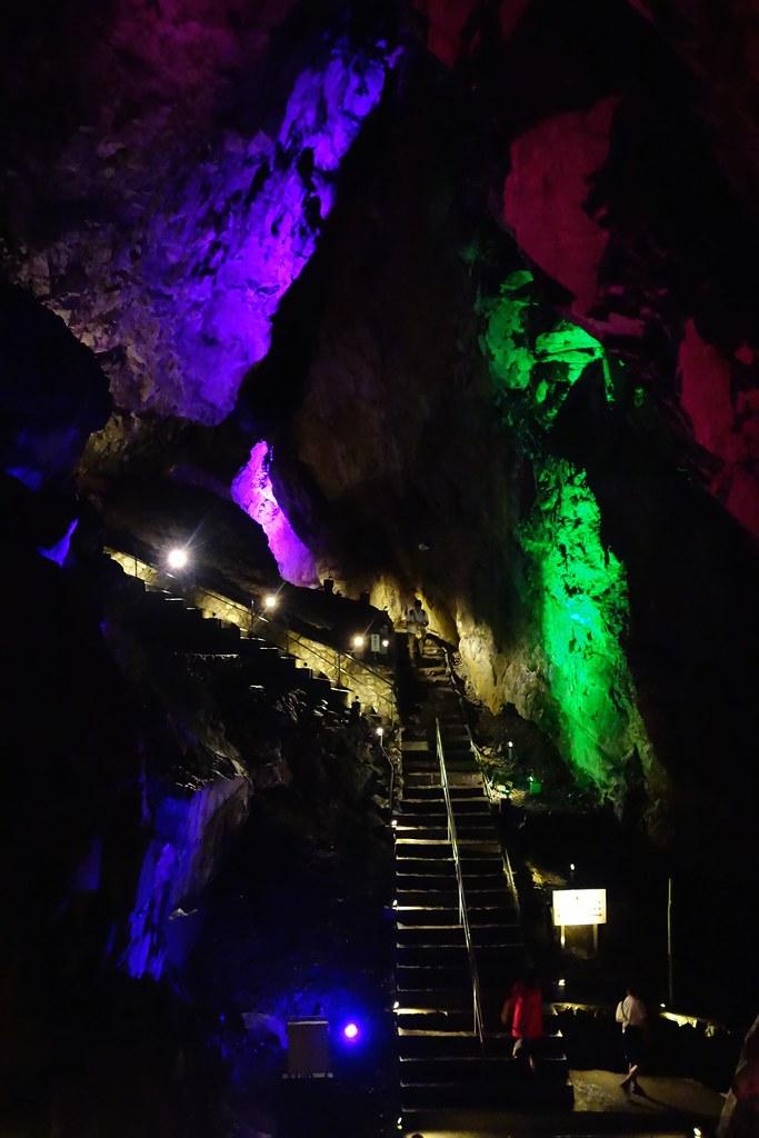 日原鍾乳洞 / Nippara Limestone Cave