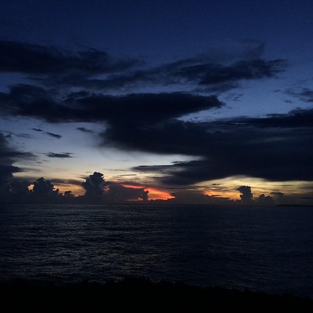 Hoy recibí al Sol en un lugar mágico. ❤️ #sunrise