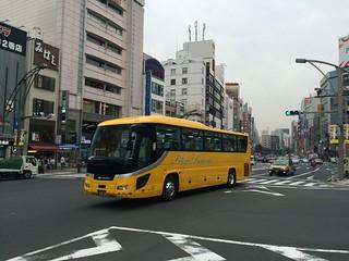 東京パッセンジャー | 上野駅公園口付近にて 167 足立200か2824 ...