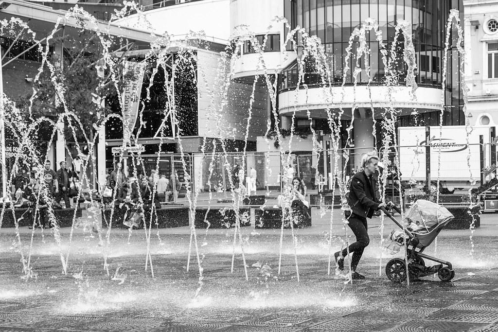 Mum's fountain dash