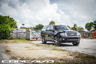 "Ford Expedition on 24"" CW-6 Matte Black Machined Face 