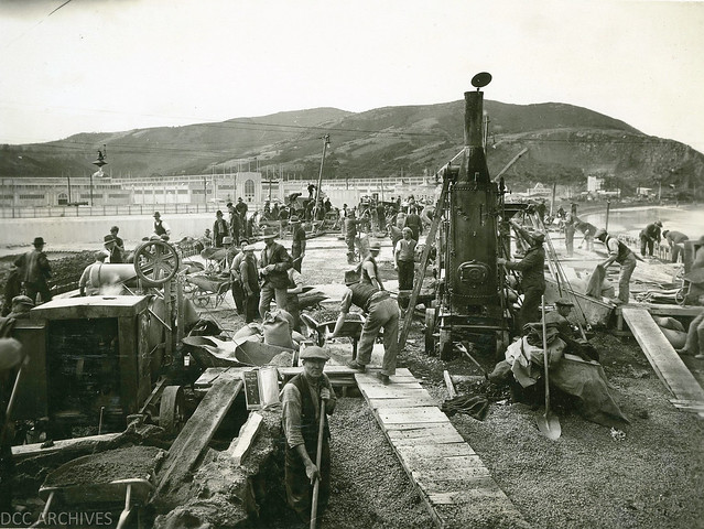 Anzac Avenue Bridge Construction 1925