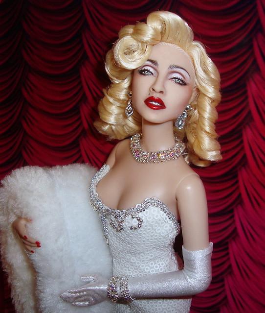 Madonna Oscars doll