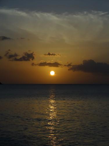 dsc05316 guadeloupe deshaies coucherdesoleil sunset plage sea merdescaraïbes caraïbes sony