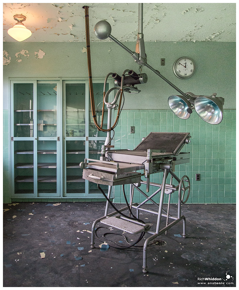 Operating Room no1 - X-ray table  | State Hospital for the C