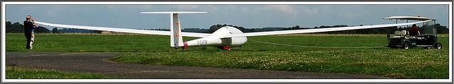 12 - Aérodrome de Coulommiers-Voisins Association Aéronautique de Coulommiers et Meaux Club de vol à voile Emmener le planeur au point de départ