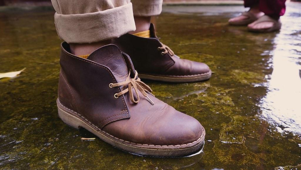 e240b760f88 Clark Desert Boots Beeswax on feet | dzxng | Flickr