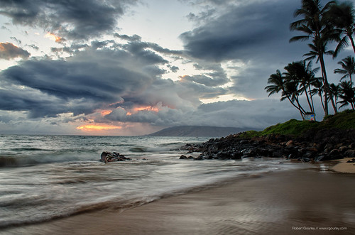 seascape storm landscape hawaii islands hurricane maui kehei iselle