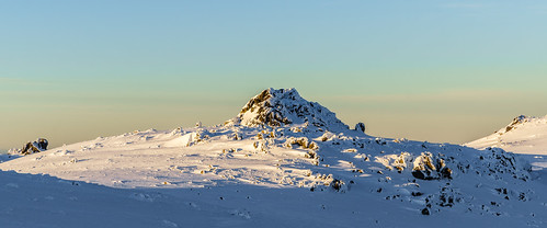 snow seascape cold sunrise landscape skiing outdoor freezing australia dome newsouthwales snowcamping 2048 kosciuszkonationalpark 241 snowies geo:country=australia geo:state=newsouthwales exif:make=sony canonef2470mmf28liiusm camera:make=sony gavowen exif:focallength=70mm exif:aperture=ƒ90 geo:city=kosciuszkonationalpark sonya7r exif:model=ilce7r camera:model=ilce7r exif:isospeed=100 exif:lens=2470mmf28oss geo:location=kosciuszkonationalpark geo:lon=14826849585 geo:lat=3647221826