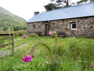 Corry Hully bothy - thanks to the generous estate for keeping it so well | by Guy R