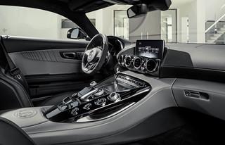 Mercedes-AMG-GT-2014-22