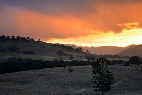 winter sunset sky clouds creek countryside sundown cloudy overcast australia drought nsw australianlandscape sunshower ruralaustralia northernrivers rurallandscape sunsetlandscape leycestercreek tuncester leycestercreekvalley