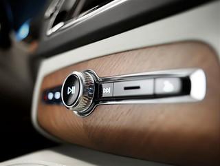 Volvo-XC90-Details-2014-x-2015-45