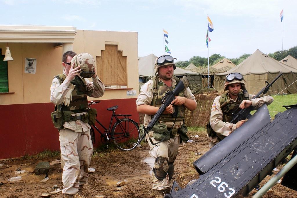 Black Hawk Down   War & Peace Show 2014   Martin Jones   Flickr