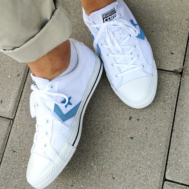 56a12262990 Hello there #rea #skor #shoes #sneakers #converse | kvicksund | Flickr