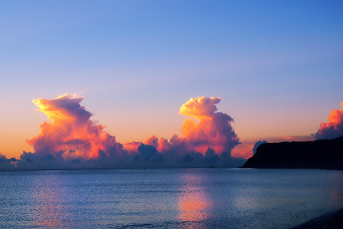 travel sea sky clouds sunrise reflections landscape taiwan olympus bluehour hualien 七星潭 magichour 花蓮 em1 日出 chihsingtan 1240mmf28