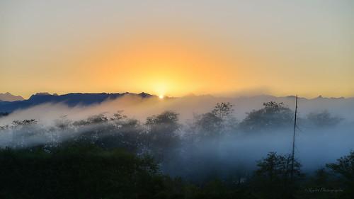 fog sunrise morninglight nikon cascades friday tamron tgif everett cascademountains snohomishcounty morningglow d610 ryderphotographic howardryder tamronsp7002000mmf28divcusd