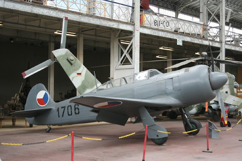 Yak-11 1