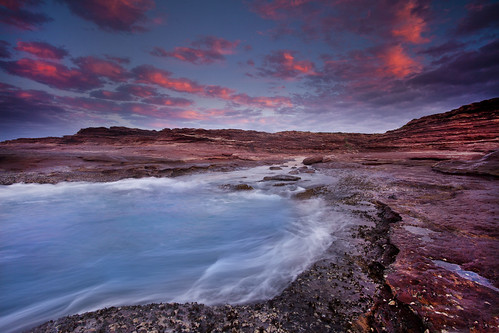 sunset red rock cloudy australia western redbluff kalbarri