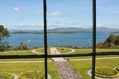 park ireland house mountains window water glass urn gardens garden botanical boats ventana bay harbor view harbour landscaping walk fenster lawn formal panes irland finestra cannon vista pane cristal fenêtre glas bantrybay bantry bantryhouse countycork irlanda irlande cannons verre balustrade countryhouse vetro ierland venster landscaped éire mamluke アイルランド