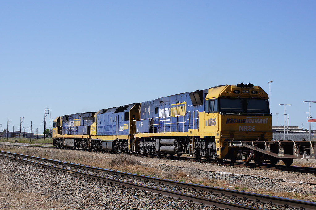 9309, DL41 & NR86 lead a transfer from Islington to Dry Creek north yard by Danny Brown