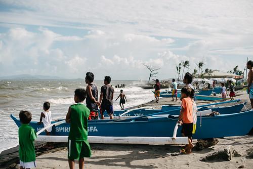 philippines disaster typhoon haiyan ngo response tacloban taclobancity easternvisayas cashforwork worldrenew barangay89