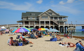 Nags Head 2014 Memoirs 31 – Umbrellas Abound | by Counselman Collection