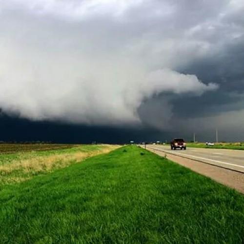 sky storm nature weather clouds nebraska skies ominous tornado therebeastormabrewin