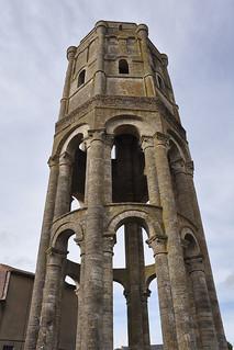Saint-Sauveur de Charroux   by Monestirs Puntcat