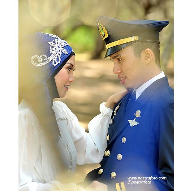 Foto Pre Wedding Outdoor Utk Perwira Pelaut Beno Vita Pre Flickr