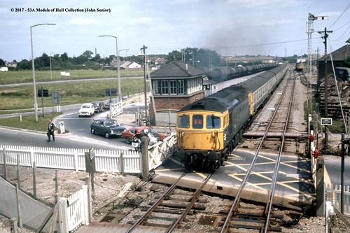 britishrail brcw class33 diesel 4tc passenger wareham dorset train railway locomotive railroad