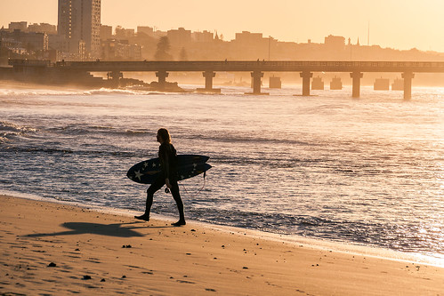 sunset seascape male guy beach canon walking landscape southafrica sand surfer indianocean coastal surfboard xs dslr easterncape portelizabeth nelsonmandelabay sharkrockpier sigma18250mmf3563dcmacrooshsm